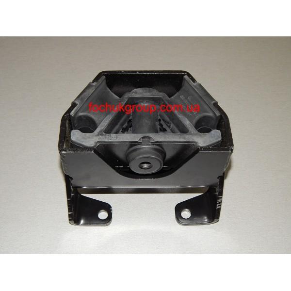 Подушка коробки передач на MAN 8.153, 8.163, LE8.180, L2000